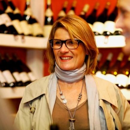 Sophie GELY, vigneronne et propriétaire de la Commanderie de Preïssan